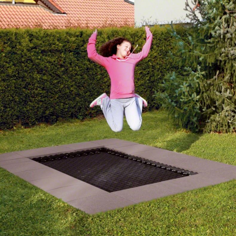 Spielplatzgerät Bodentrampolin